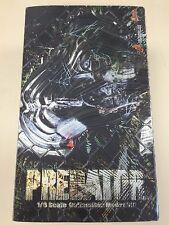 Hot Toys MMS 90 Original Predator 14 inch Action Figure USED