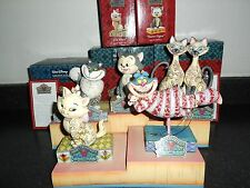 Disney Traditions Jim Shore Collection Felines set with display *Extremely RaRe