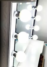 White Lighted Starlet Makeup Vanity Mirror **NEW!!**