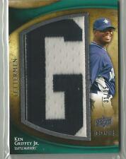 "2009 Upper Deck Icons Lettermen Ken Griffey Jr. Letter Patch "" G "" #ed. 31 / 35"