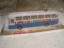 MAJORETTE SERIE 3000 AUTOCAR MERCEDES DECO DRAPEAUX BUS #3064 EN BOITE