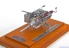 1:18 CMC Maserati Tipo 61 Birdcage engine, with ShowCase 1960