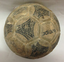 RARE MINI BALLON FOOTBALL COLLECTOR / ADIDAS QUESTRA