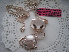 """BETSEY JOHNSON CAT WITH OPALS & CRYSTALS  NECKLACE  28""""  # 367"""