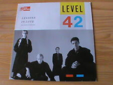 LEVEL 42 - LESSONS IN LOVE * 12'' Maxi * Polydor 883 956-1 v. 1986 * MINT*