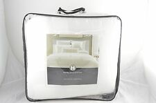 Hotel Collection Frame White Full/Queen Comforter MSRP $350 O153