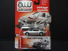 Auto World Pontiac Firebird Trans Am 1975 Silver 1/64 64032A