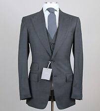 New Tom Ford Solid Gray 3-Piece Peak Lapel Suit Size 38 L (48 L EU) Fit A Model