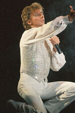 "12""*8"" concert photo of Barry Manilow playing at Birmingham in 1986"