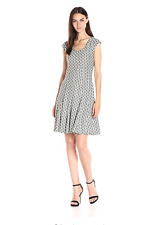 New NWT Taylor Dresses Fit & Flare Honey Comb Knit, Grey/Ivory, 6 #8040M
