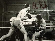 Alan Minter-ancien champion du monde-excellent signé B / W action photo