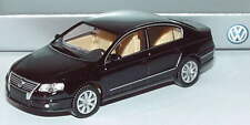 1:87 VW Passat 2005 deepblack-perleffekt schwarz black Volkswagen Dealer-Edition