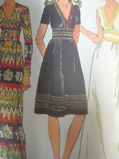 Vtg 1970s Simplicity 9707 V-NECK DRESS w/ WIDE MIDRIFF BAND Sewing Pattern Women