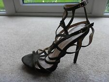 MISSGUIDED sandals strappy heels size 6 faux suede worn once