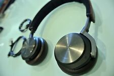 B&O PLAY By Bang & Olufsen Beoplay H8 On-Ear Wireless Headphones Gray Hazel