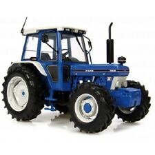 Universal Hobbies Ford 7810 Tractor. Scale 1:32  AD-UH2865