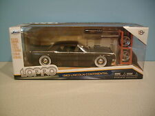 NIB 1:24 Jada LOPRO Brown 1963 LINCOLN CONTINENTAL Die-cast By Jada Toys