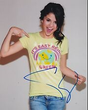 HOT SEXY SELENA GOMEZ SIGNED 8X10 PHOTO AUTHENTIC AUTOGRAPH COA C