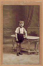 Carte Photo vintage card RPPC enfant garçon habits culotte mode fashion kh046