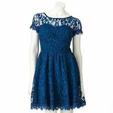 LC LAUREN CONRAD LACE DRESS in BLUE DENIM SIZE 4;NWT