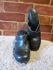 WOMEN'S CLARKS BLACK SOFT SMOOTH LEATHER MULES CLOGS SHOES SZ 7  1187