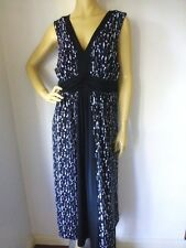 +  Size 18  AUTOGRAPH   Ultra Stylish Black & White Dress   NEW   Ladies  Womens