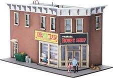 Menards ~ O Gauge Menards Hobby Shop Building