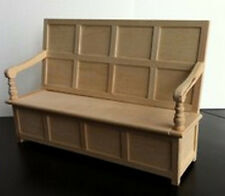 Tudor BENCH, DOLLS HOUSE miniatura. doll house furniture SEDILE Chiesa, risolvere