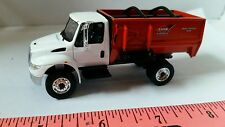 1/64 CUSTOM INTERNATIONAL PROSTAR KNIGHT TMR CATTLE FEED TRUCK ERTL FARM TOY