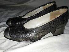 ladies stunning leather snakeskin print shoes by GABOR size 4.5 grey/silver