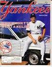 NEW YORK YANKEES BASEBALL MAGAZINE Sep 20 1984 RAWLINGS GOLD GLOVE AWARDS POSTER