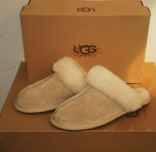 UGG Australia Women's SCUFFETTE II  Slippers Shoes Sand 5US NWB $85 MSRP