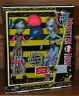 Monster High Skultimate Roller Maze Abbey & Ghoulia 2 pack exclusive Dolls NEW
