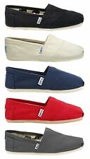 New TOMS Women's Classics Canvas Slip on Shoes Authentic in Original Box