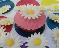 100 Edible Flowers Wafer Daisy cake / cupcake toppers