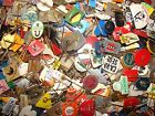 200 GRAMS Vtg Advertising pin badges from Netherlands Holland 1960s Food & more
