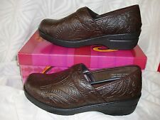 """Savvy""~'BROWN TOOLED LOOK' Nursing/Occupational Brandy style/Shoes~NWB*"