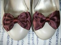 PAIR BROWN SATIN DOUBLE BOW SHOE CLIPS VINTAGE 40'S 50'S STYLE GLAMOUR BOWS