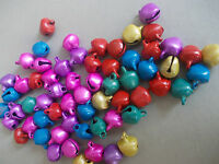50 X MIXED COLOUR SMALL JINGLE BELLS, XMAS JEWELLERY MAKING,KEY/BAG CHARM