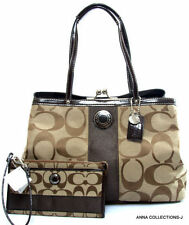 COACH SIGNATURE FRAME CARRYALL TOTE HANDBAG WITH MATCHING WRISTLET