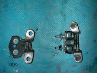 Toyota Hilux Surf (1989-1995) O/S Driver Right Pair of Rear Door Hinges