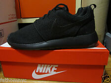 2015 Nike ROSHE RUN Rosherun Triple Black Blackout Mens 511881-026 2 8-13