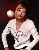 FAYE DUNAWAY SIGNED 10x8 BONNIE & CLYDE PHOTOGRAPH - UACC & AFTAL RD