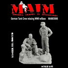MAIM 1:35 German Tank Crew Relaxing WWII with Base 35066