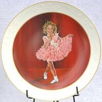 SHIRLEY TEMPLE -  BABY TAKE A BOW COLLECTORS  PLATE