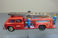 VINTAGE DAIYA FRICTION DRIVEN TINPLATE MODEL MF 718  FIRE  ENGINE TRUCK