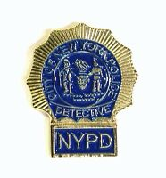 NYPD detective Collectable pin badge. Police lapel badge.
