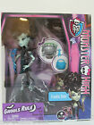 Monster High - GHOULS RULE - Frankie Stein Doll & her Accessories