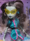 MONSTER HIGH FRANKIE STEIN SCARIS CITY OF FRIGHT IN STOCK READY TO SHIP NRFB