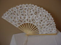 VICTORIAN TEA LADIES CIVIL WAR WEDDING WHITE BATTENBURG LACE FAN CAS SASS